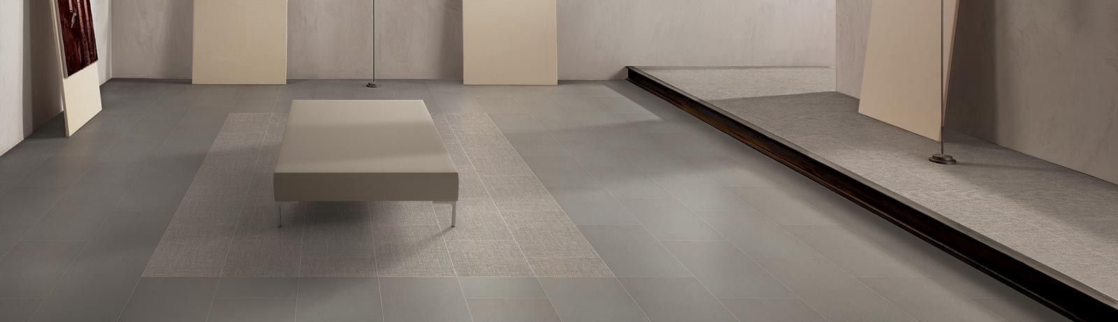 Exhibition™ ColorBody™ Porcelain